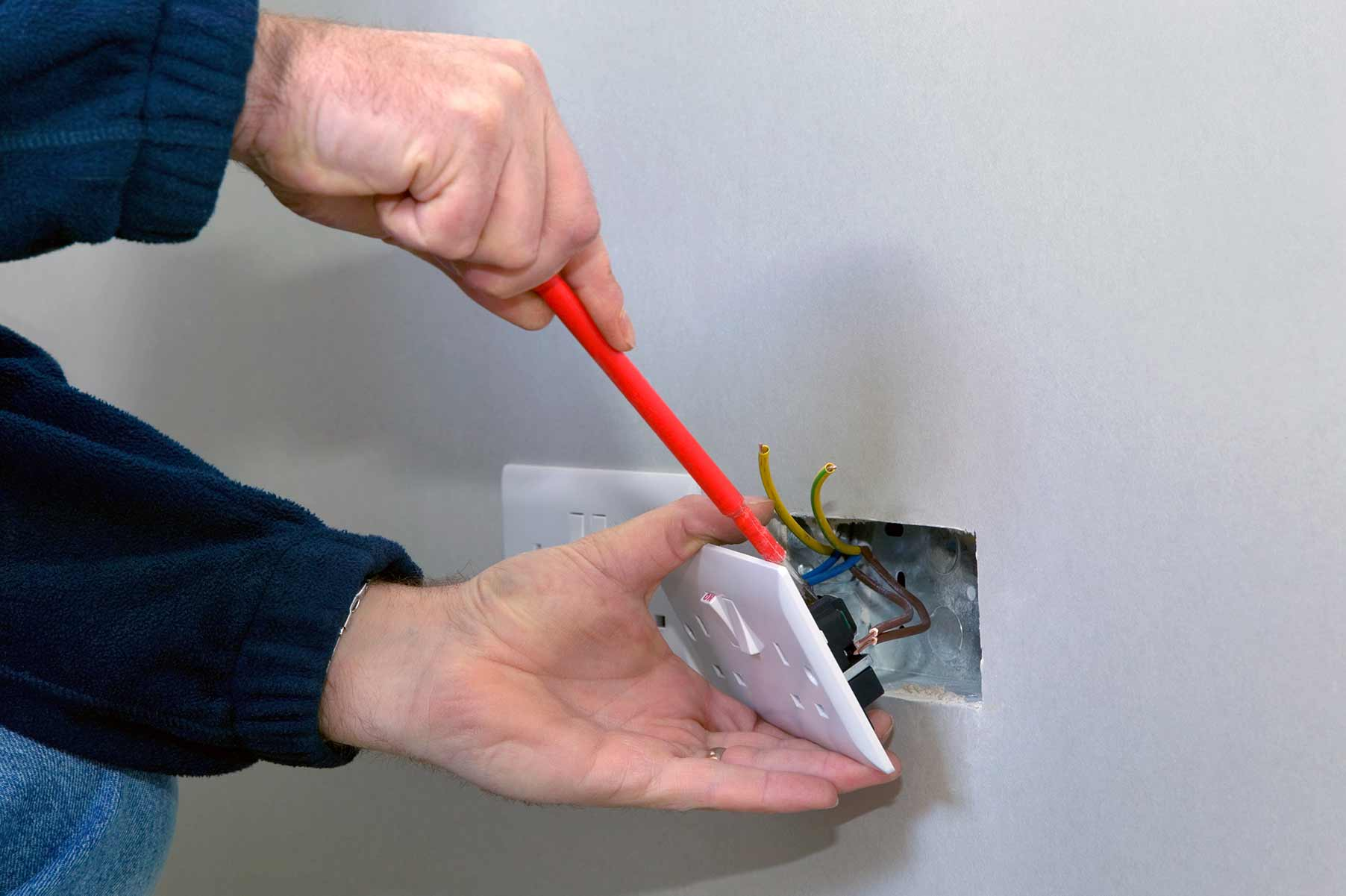 Our electricians can install plug sockets for domestic and commercial proeprties in Halstead and the local area.